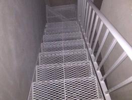 Mesh Staircase